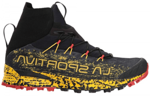 Trail running shoe with flexible bootie top